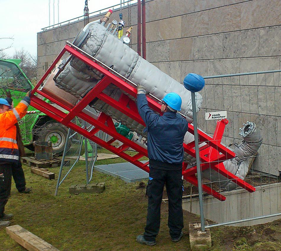 Der Berliner BHKW-Hersteller SES erlebt derzeit einen Auftragsboom und wird zukünftig deutlich mehr BHKW-Anlagen einbringen dürfen (Bild: SES Energiesysteme)