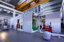 Vormontage der gesamten mechanischen und elektrischen Komponenten einer ECOMAX Anlage