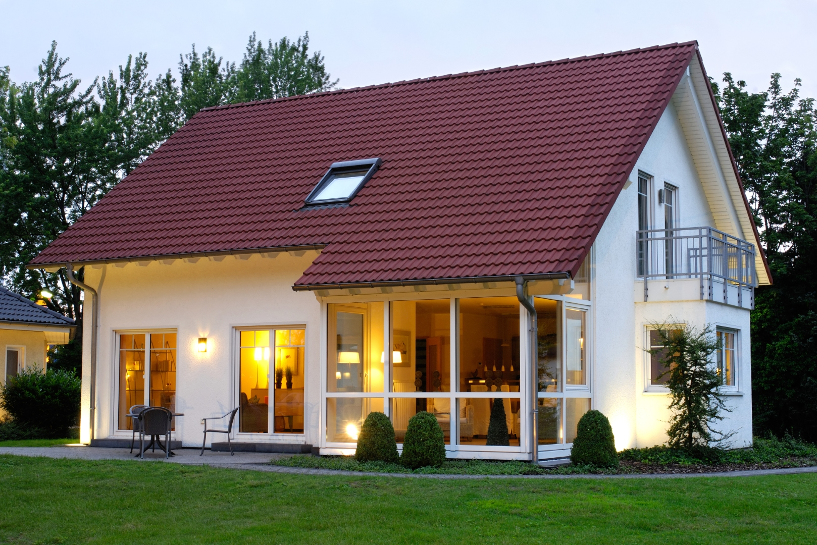Welche Faktoren bestimmen die Effizienz von Wärmepumpen in Einfamilienhäusern